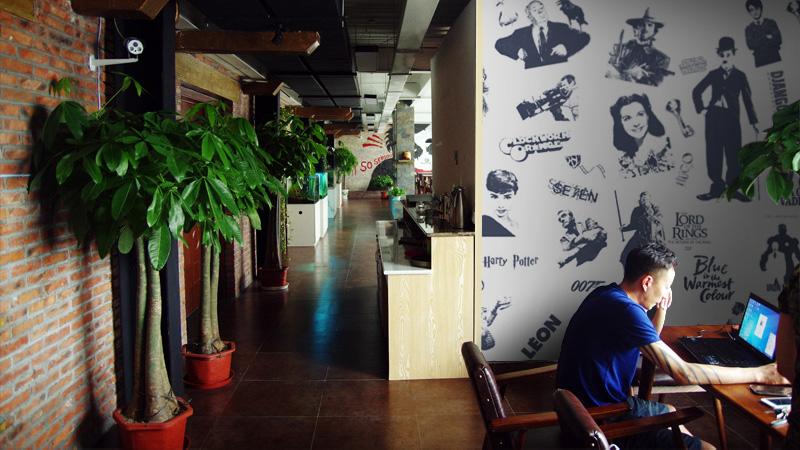 索邦策划案例:24格电影主题西餐厅品牌策划与空间设计图片